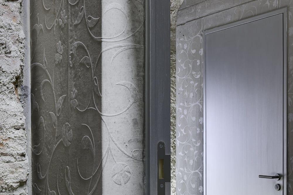 tuerzarge-ornamentbeton-museum-donaueschingen-gaebele-raufer-architekten.jpg