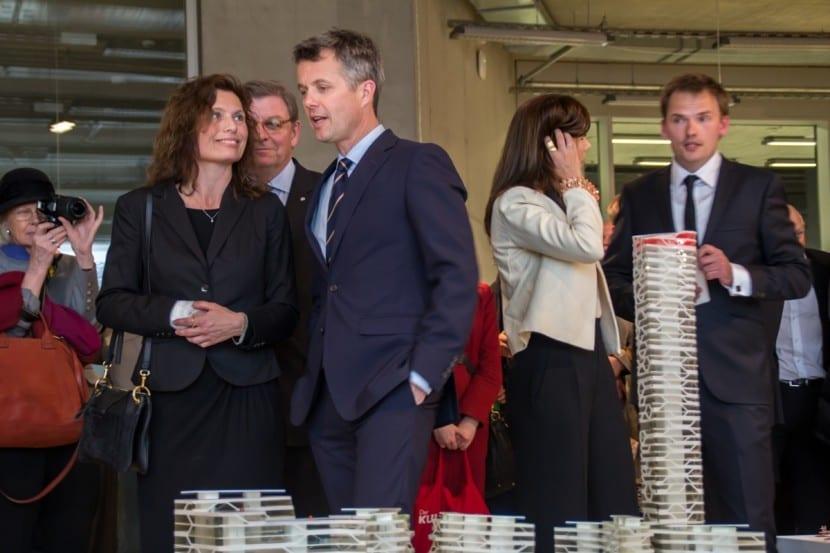 Kronprinz Frederik und Kronprinzessin Mary  beim Besuch der Architektur-Ausstellung an der HCU