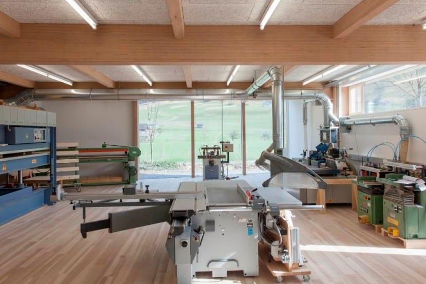 Die Tischlerei-Werkstatt im Erdgeschoss