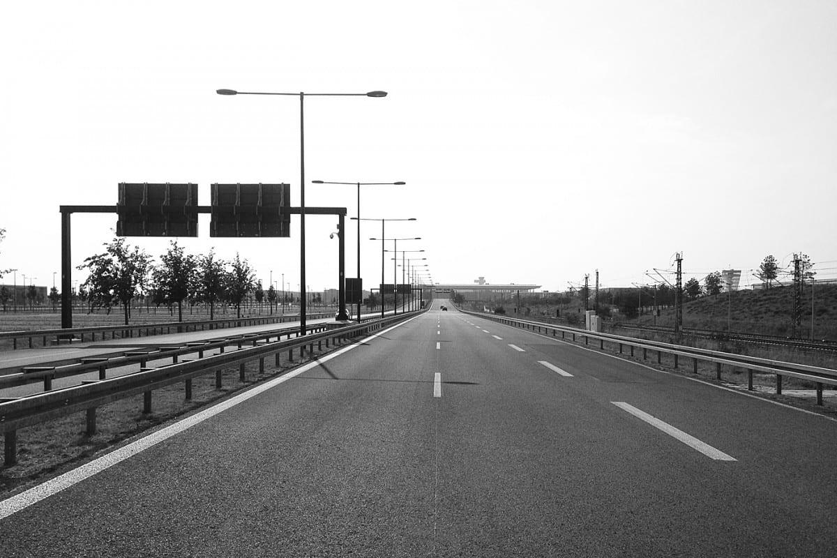Autobahn-Zubringer zum BER (Foto: Eric Sturm)