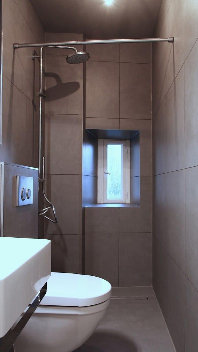 Berlin-Tempelhof Altbau-Wohnung mit Badewanne im Wohnzimmer Architekt Alexander John Huston luftbruecke12