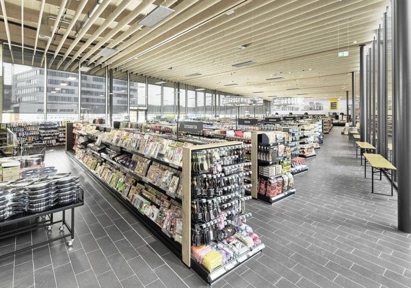 Innenansicht des EDEKA-Marktes von ATP in Gaimersheim