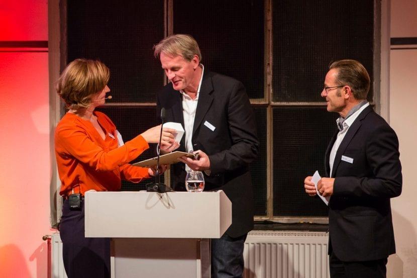 Dr. Sandra Hofmeister, Preisträger Sean Godsell und Laudator Daniel Lischer (Foto: Kathrin Heller, pixelanddot.com)