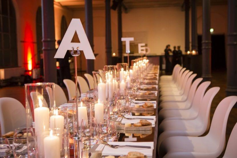Fein gedeckt: Galaabend in der Heeresbäckerei, DETAIL Preis 2016 (Foto: Kathrin Heller, pixelanddot.com)