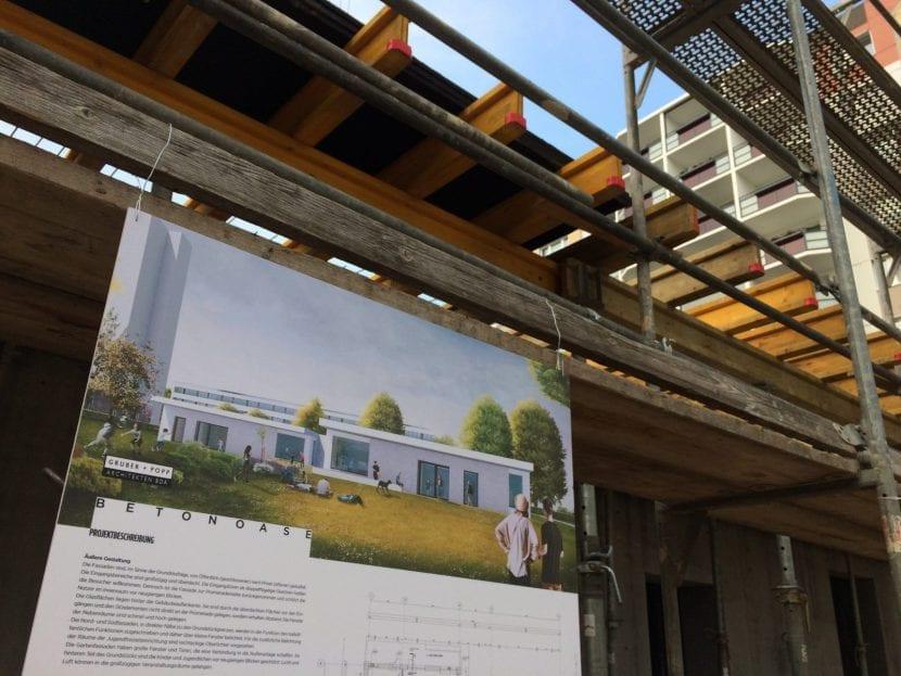 Eine Visualierung der Betonoase vor dem Baugerüst des Rohbaus (Foto: Eric Sturm)