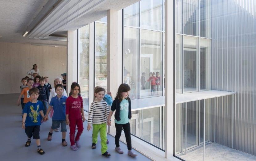 Erweiterung der Europäischen Schule in Frankfurt am Main, NKBAK Architekten (Foto: Thomas Mayer)