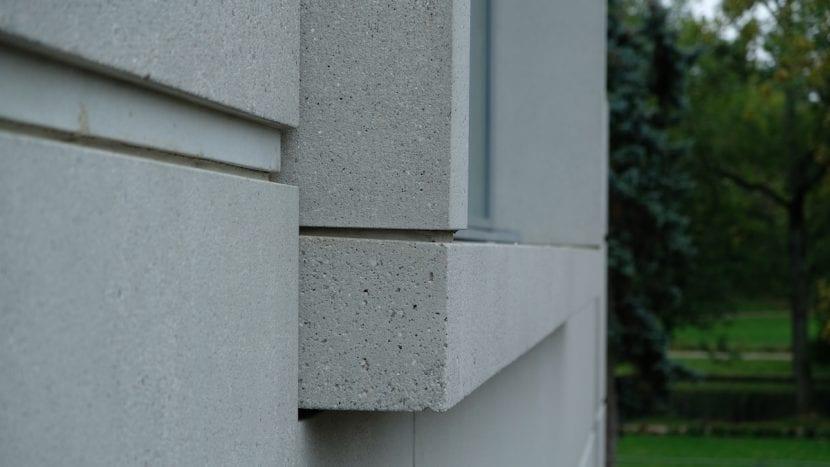 Fassadendetail des Neuen Bauhaus-Museums in Weimar (Betonfertigteile, Foto: Kay Rosansky)