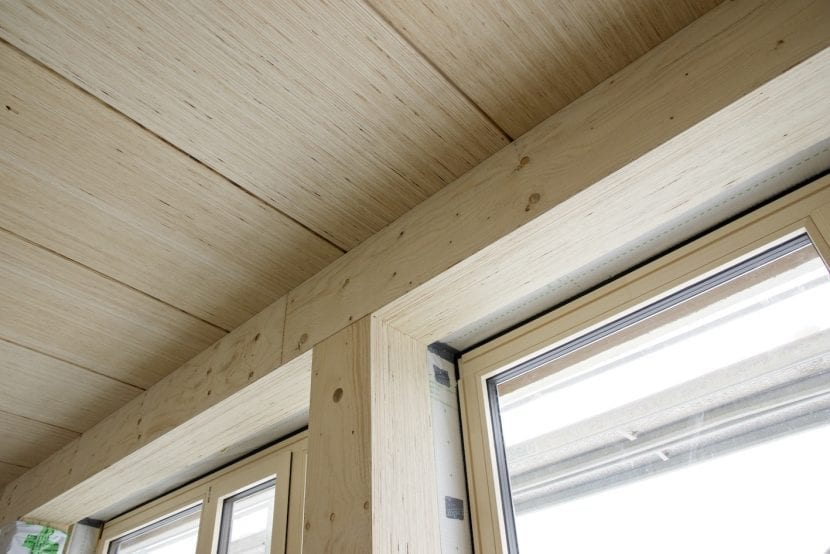 Furnierschichtholz STEICO G LVL verarbeitet in Decke, Unterzug und Stütze (Foto: STEICO)