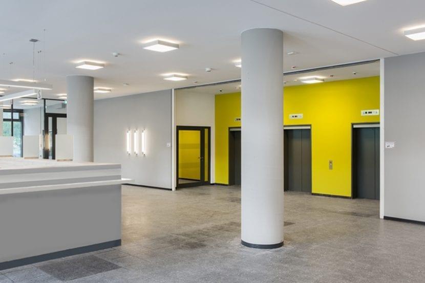 Jobcenter Berlin-Mitte: Eingangsbereich (Foto: Andreas Meichsner)