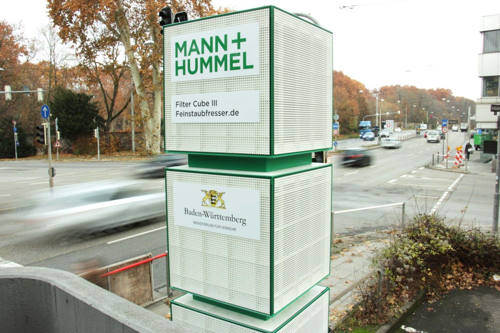 "Ein ""Feinstaubfresser"" am Stuttgarter Neckartor (Foto: MANN+HUMMEL)"