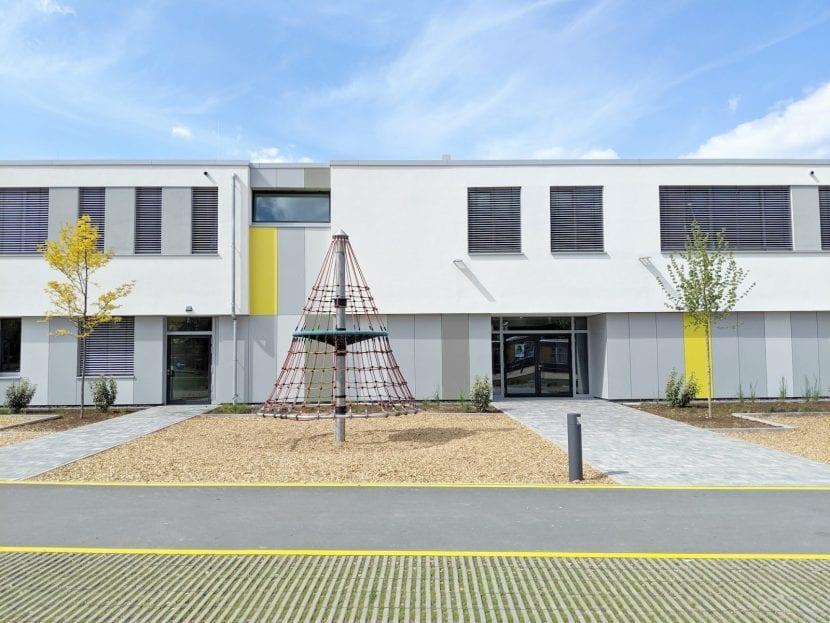Aussenansicht (Ausschnitt), Gesamschule Rheda-Wiedenbrück (Foto: Sigurd Larsen Design & Architecture)
