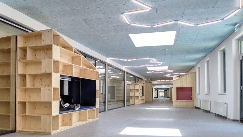 """Die """"Schulstraße"""", Gesamschule Rheda-Wiedenbrück (Foto: Sigurd Larsen Design & Architecture)"""