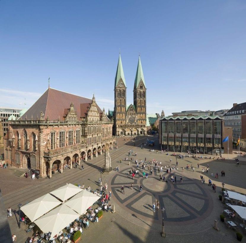 Marktplatz mit Rathaus, Dom, Haus der Bürgerschaft (Foto: © Nikolai Wolff / Fotoetage)