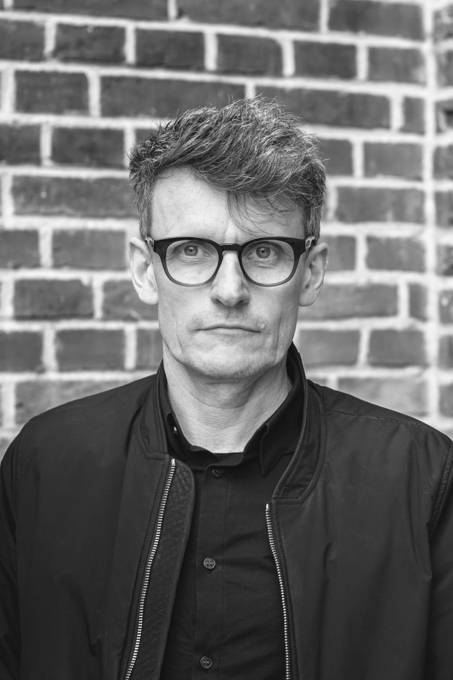 Christian Pohl von hehnpohl architektur bda gewährt einen Blick hinter die Entwurfskulissen des preisgekrönten Neubaus am Buddenturm. (Foto: Kopfkunst-Metzdorf)