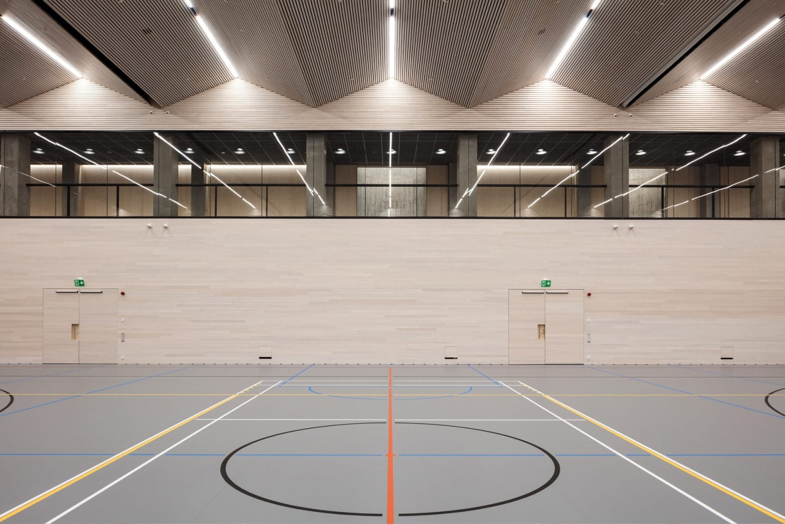 Unterirdische Sporthalle (unter dem Olympiastadion Helsinki; Foto: Tuomas Uusheimo)